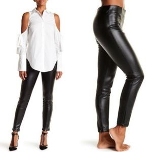 Romeo & Juliet Couture Black Faux Leather Pants M